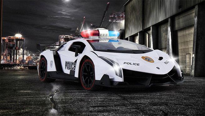 coche de policia radiocontrol